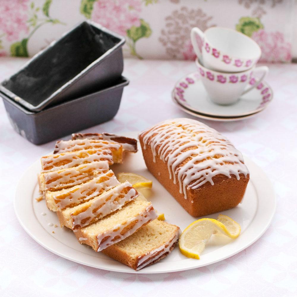 Lemon sponge in mini loaf pans